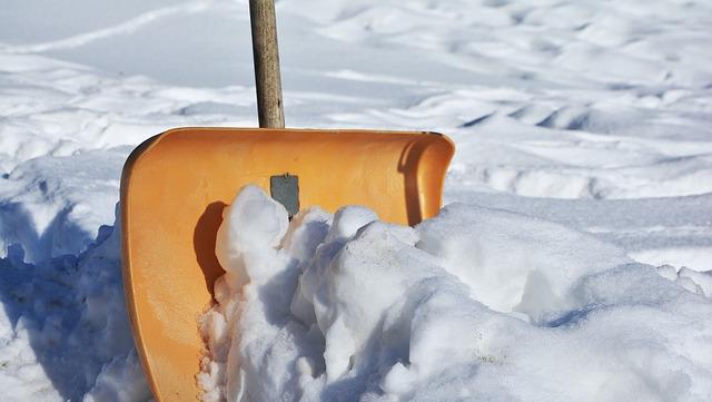 lopata na sníh